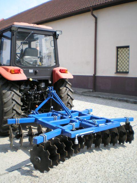 stroje a náradie za traktor - MINARIKOVCI s.r.o.