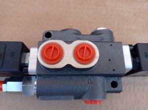 Rozvádzač jednosekčný 12V  elektricky ovládaný