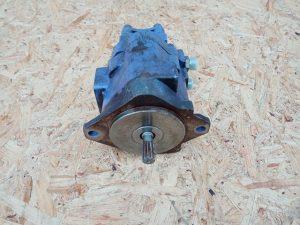 Hydraulické čerpadlo Nachi opravené